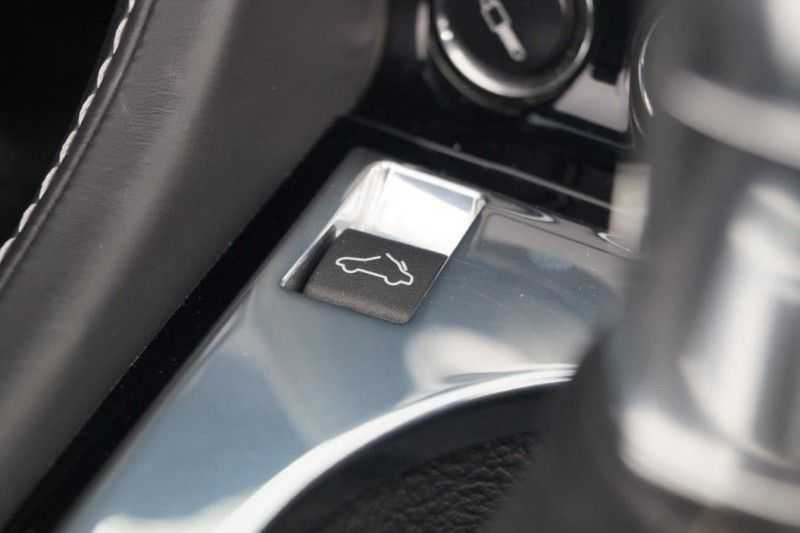 Aston Martin DBS Volante 6.0 V12 6-Speed Manual *!*Only 43 worldwide*!* afbeelding 18