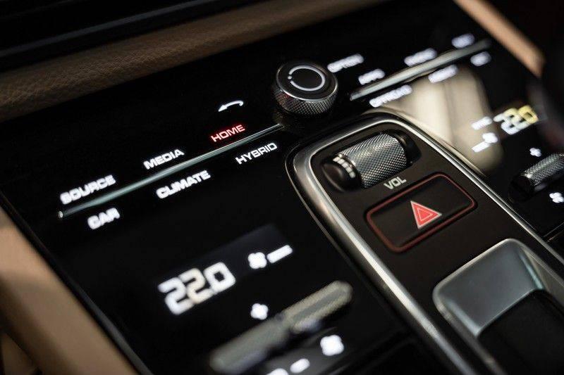Porsche Cayenne Coupé Hybrid 22 Turbo Luchtvering Surround Camera ACC 3.0 E-Hybrid afbeelding 24
