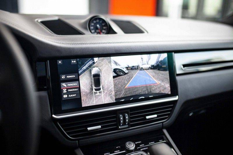 Porsche Cayenne 2.9 S Coupé *BOSE / Sportdesign / 4 Wielbesturing / Memory / Sport Chrono / HUD* afbeelding 13