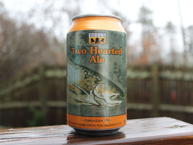 Two Hearted Ale, a American IPA brewed by Bell's Brewery