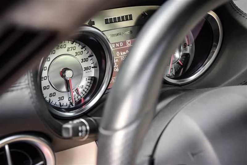 Mercedes-Benz SLS SLS AMG EXCLUSIVE DESIGNO+CAMERA (571 PK) afbeelding 2