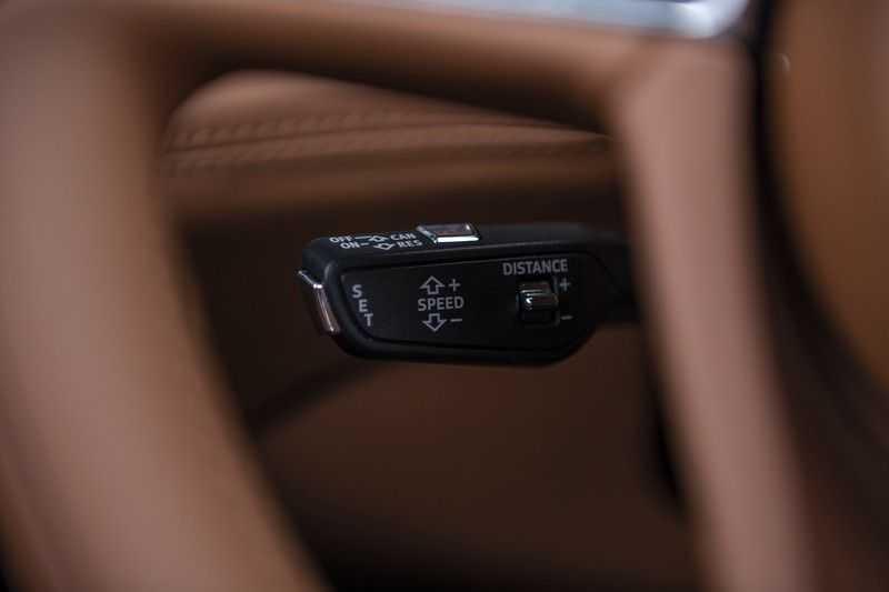 Bentley Bentayga 4.0 D (BTW AUTO) Elektrische trekhaak + Apple Carplay + Adaptive Cruise + Nachtzicht + Werkelijk in nieuwstaat afbeelding 19