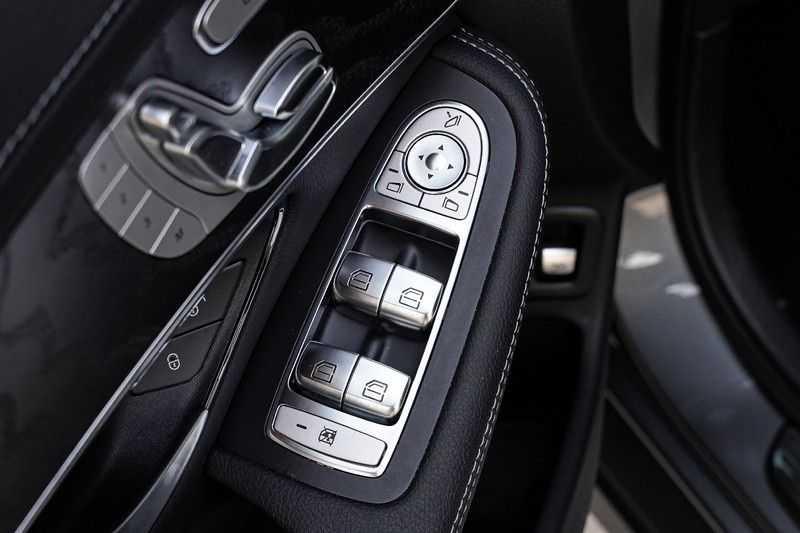 Mercedes-Benz GLC 250 4MATIC Sport Edition AMG Pano Trekhaak Camera 360° afbeelding 24