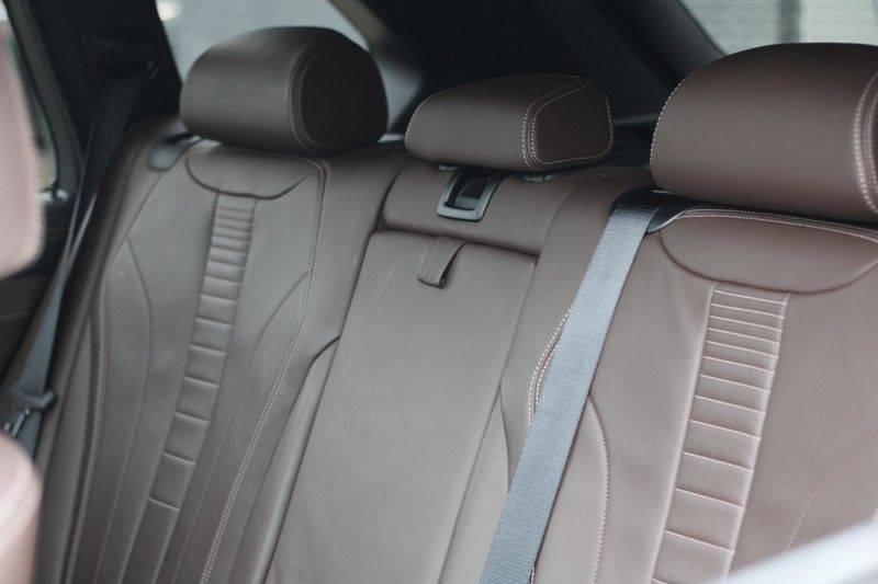 BMW X5 xDrive50i High Executive Pan.dak, Surr. view afbeelding 13