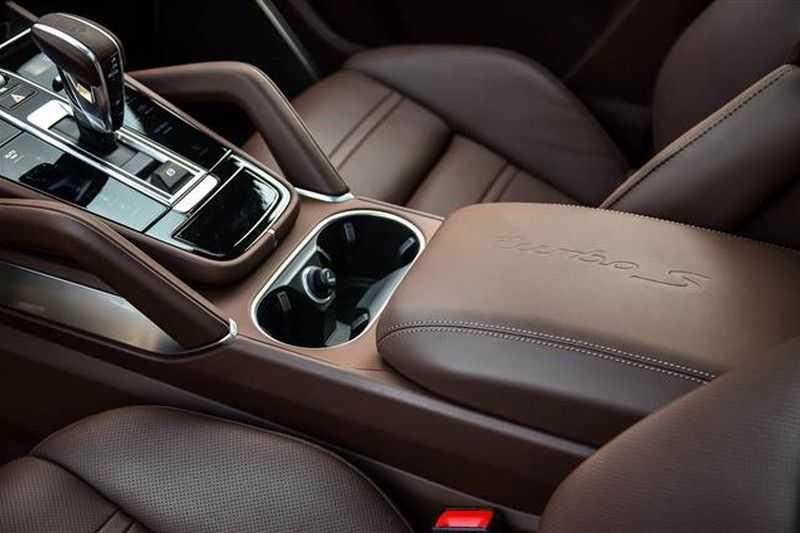 Porsche Cayenne TURBO S E-HYBRID COUPE SPORTDESIGN+BURMESTER NP.241K afbeelding 13