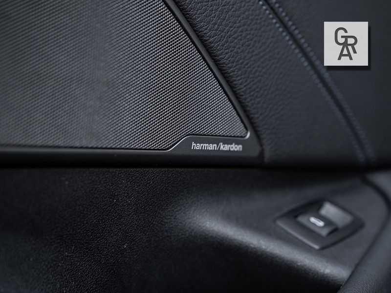 BMW 5 Serie 540i xDrive High Executive afbeelding 19