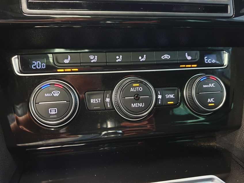 Volkswagen Passat 1.4 TSI GTE Highline EX BTW Navigatie Panoramadak LED PDC Clima Cruise 17`LM afbeelding 6