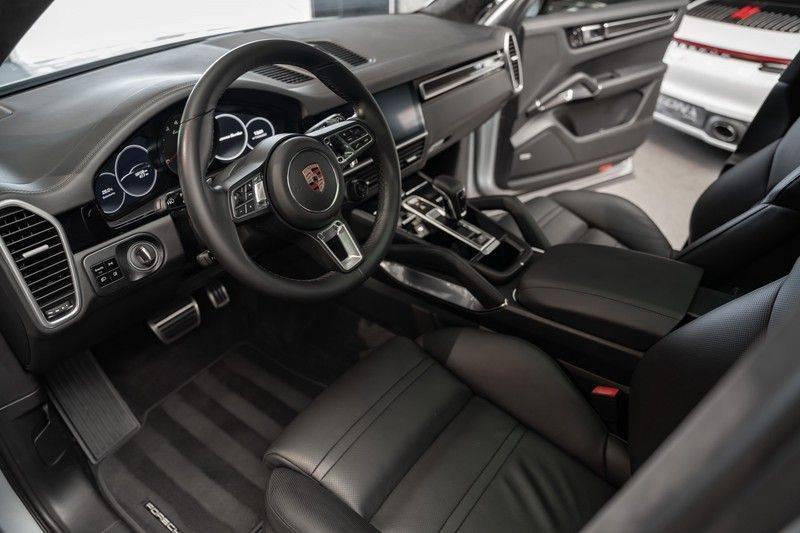 Porsche Cayenne Turbo Pano Bose Keyless Adaptive Cruise Control afbeelding 8