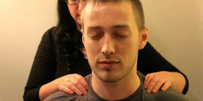 Man in leeds recieves sports massage after run