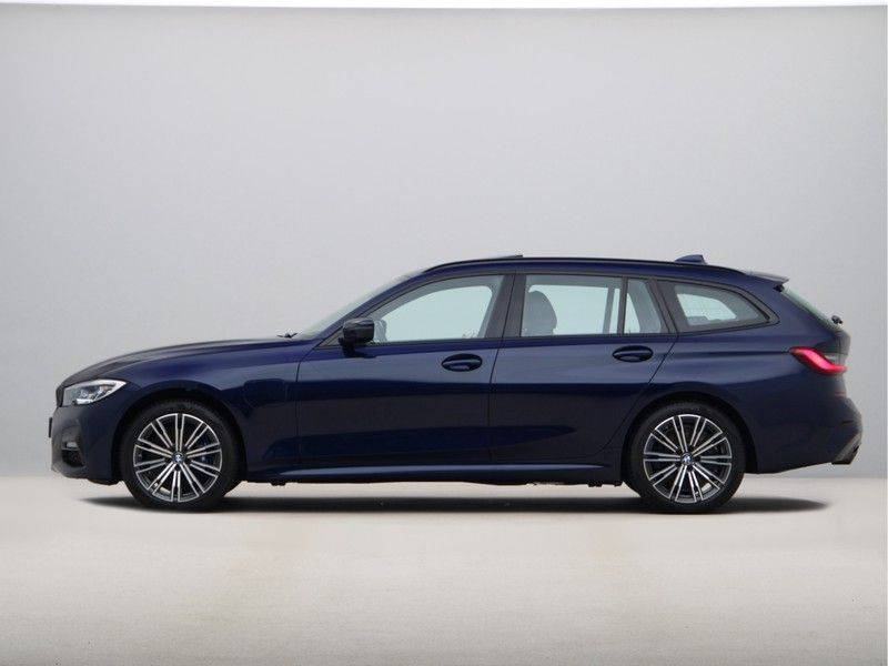 BMW 3 Serie 330Xe Touring High Exe M-Sport afbeelding 12