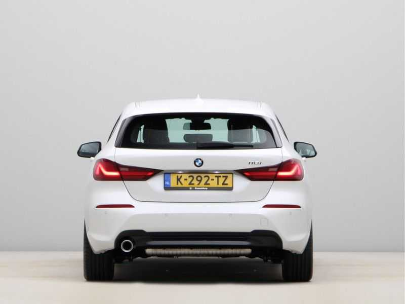 BMW 1 Serie 118i High Executive Edition Sport Line afbeelding 5