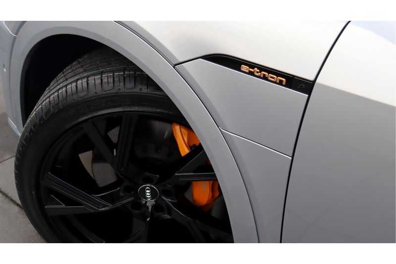 Audi e-tron Sportback 55 quattro S line excl. BTW Panoramadak, S Sportstoelen, Head Up display afbeelding 9
