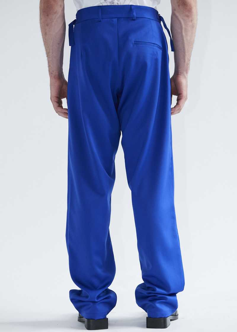 Tarek pleated trousers in blue wool for men and women. GmbH SS20 collection.