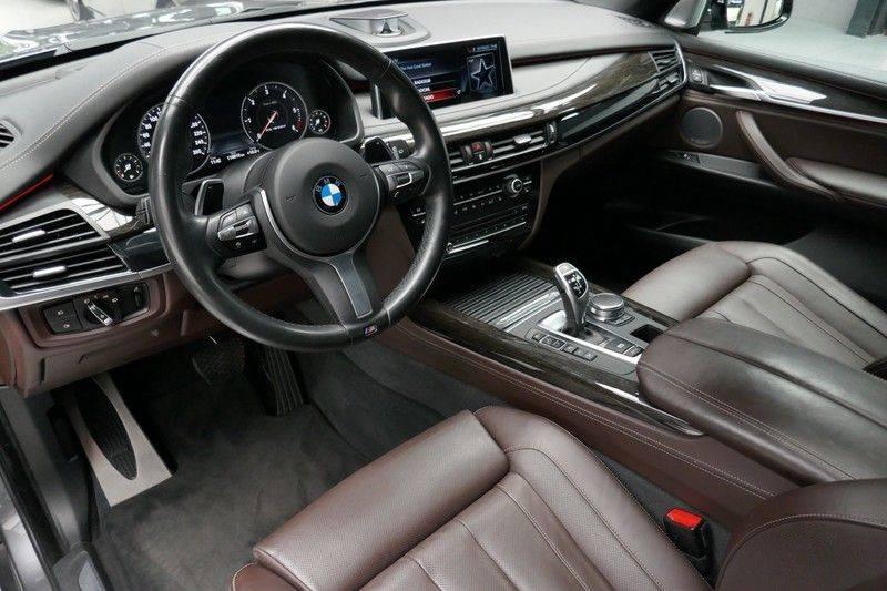 BMW X5 M50d B&O - Panoramadak afbeelding 16