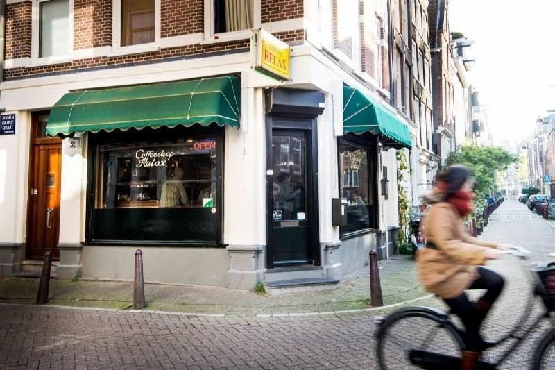 The Good, The Bad & The Ugly Weed Cafes
