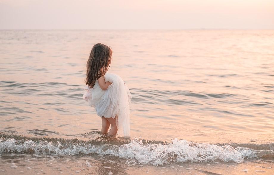 Mädchen im Meer