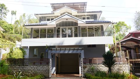 KSR Sabari - 3 bed Independent House for Sale Coonoor - House for sale in Moon Road, coonoor