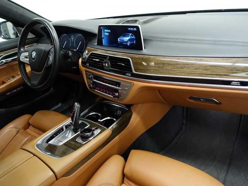 BMW 7 Serie 730d XDrive M-Sport Individual 266pk Aut- Alle mogelijke optie's- nwpr 153.866,- afbeelding 17