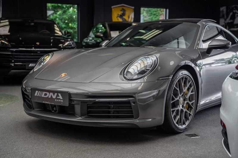 Porsche 911 992 4S PCCB Matrix Pano Keramisch ACC 3.0 Carrera 4 S afbeelding 9