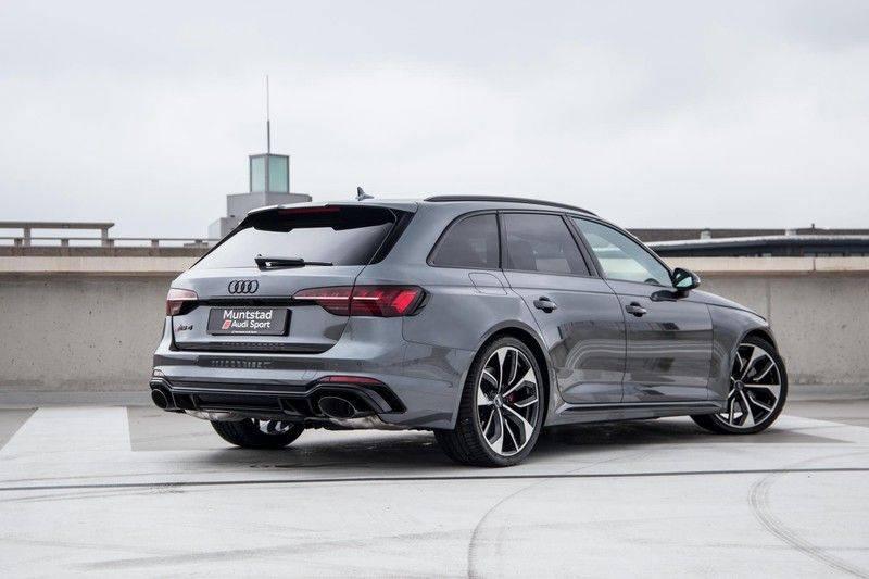 Audi RS4 Avant 2.9 TFSI 450 pk RS 4 quattro   Panoramadak   Assistentiepakket Tour/City   Matrix LED   Bang & Olufsen 3D Sound afbeelding 3