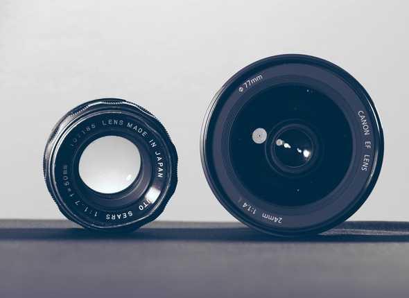 Cameralenzen naast elkaar