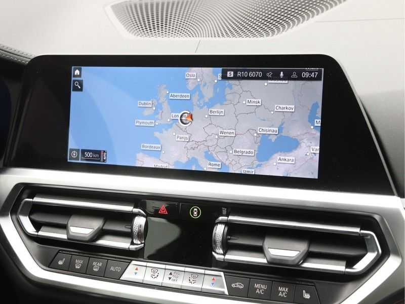 BMW 4 Serie Coupé 430i High Exe M-Sport Aut. afbeelding 18