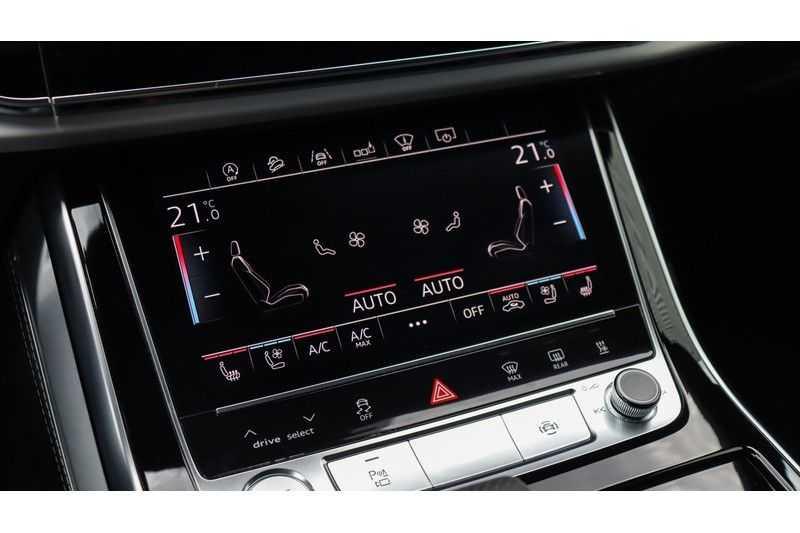 Audi Q8 55 TFSI quattro S-Line, Panoramadak, B&O, Massage, Ruitstiksel, Trekhaak afbeelding 9