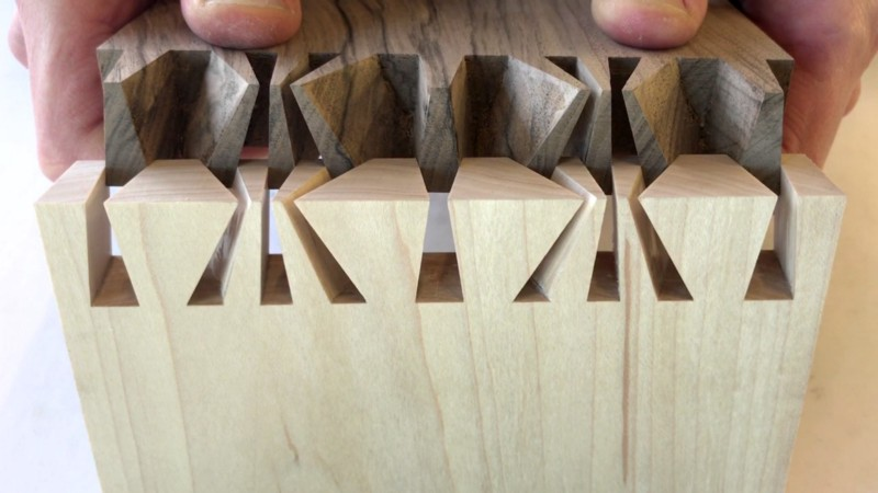 A difficult hand cut dovetailjoint