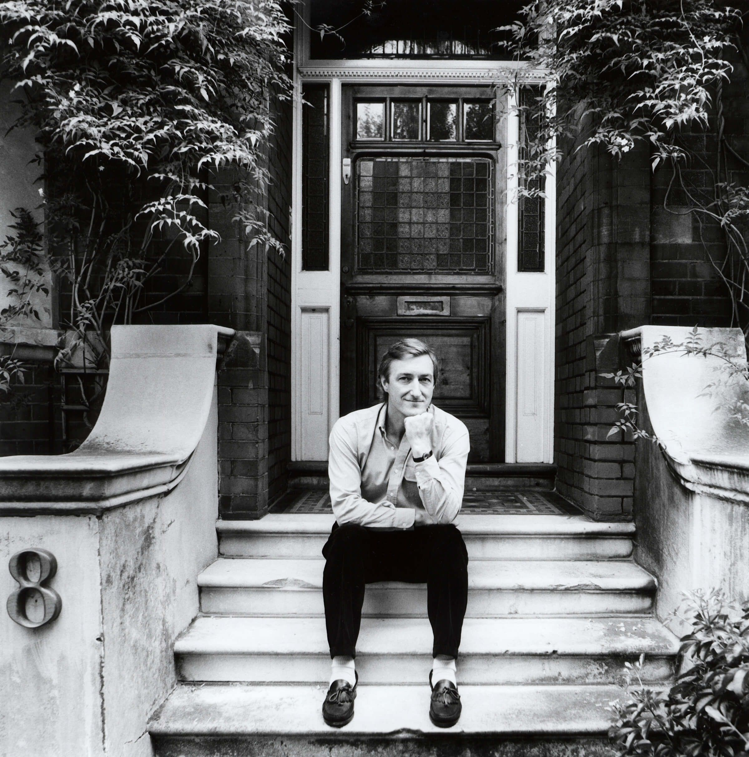 Джулиан Барнс в 1987 году. Фото: Stephen Hyde / npg.org.uk