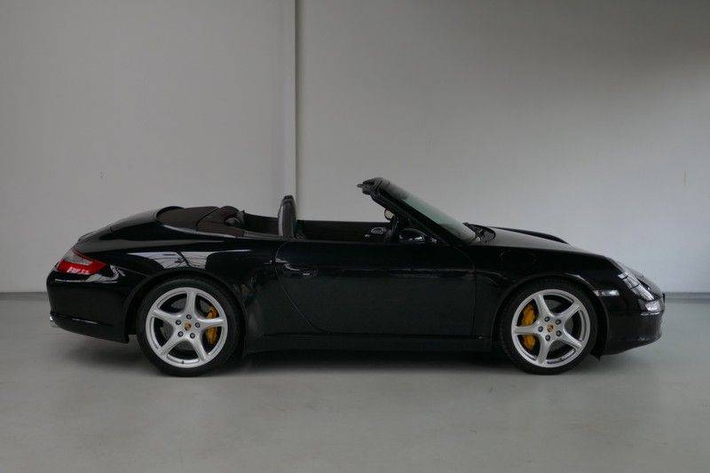 Porsche 911 Cabrio 3.8 Carrera S Keramisch - Sport chrono afbeelding 8