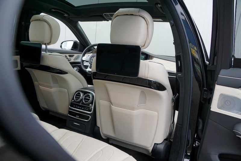 Mercedes-Benz S-Klasse 560 4Matic Lang Premium Plus 470pk / AMG / Nwpr: E186.000,- / Full Options! afbeelding 17