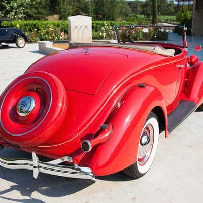 Ford V8 DeLuxe 2 Door Roadster 1936 4