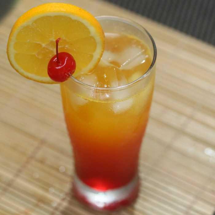 Amaretto Stone Sour Alternative Cocktail
