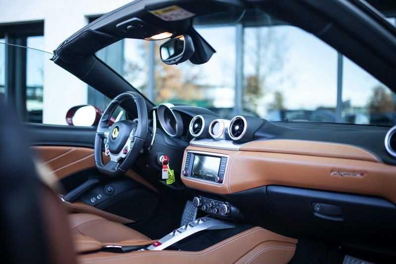 """Ferrari California 3.9 T HELE *Rosso California / Regelb. Sportuitlaat / 20"""" / 2-Tone* afbeelding 5"""