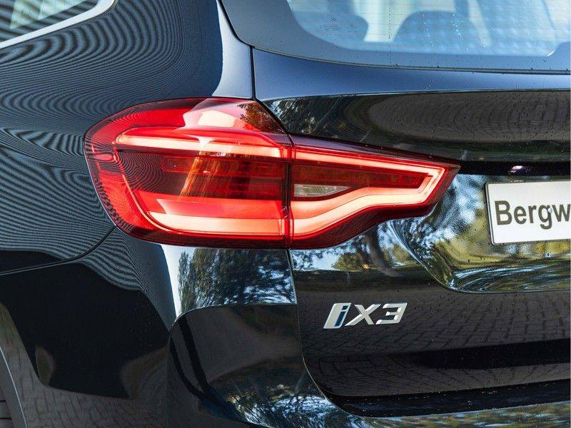BMW iX3 High Executive - Direct Beschikbaar! afbeelding 9