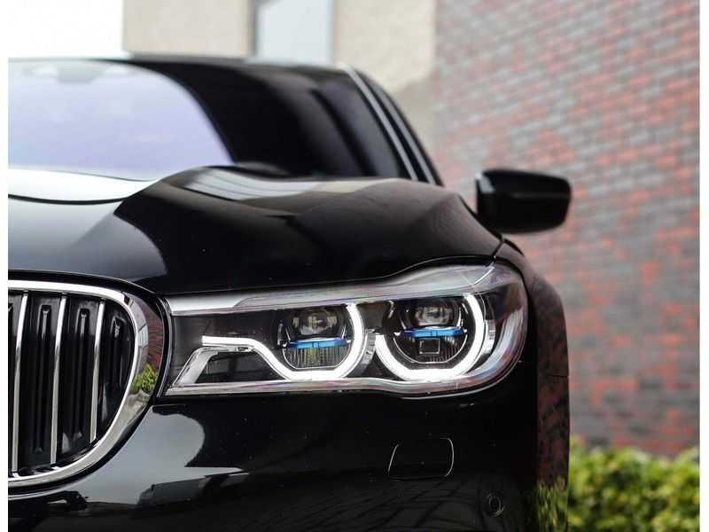 BMW 7 Serie 750d xDrive *M-sport*Head-Up*Asistant Plus* afbeelding 3