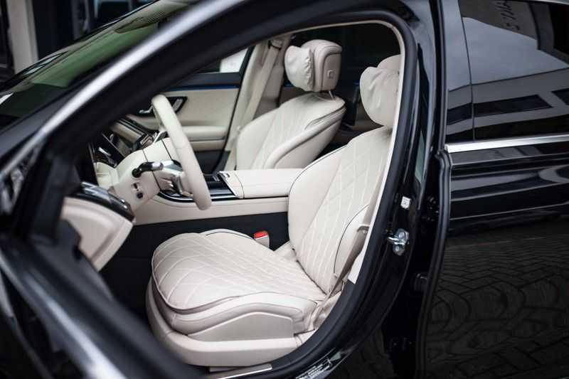 "Mercedes-Benz S-Klasse 500 4Matic Lang AMG *Pano / 3D Burmester / HUD / Distronic / 21"" / 3D Display* afbeelding 7"