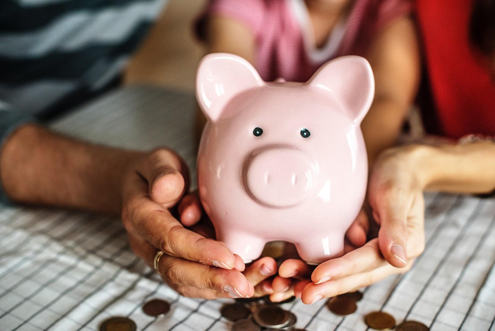 Como economizar ganhando pouco: dicas essenciais
