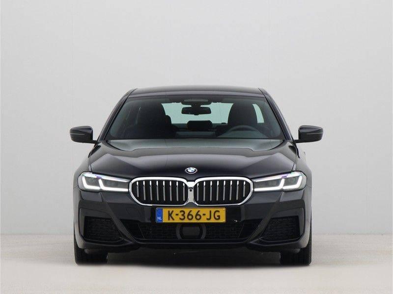 BMW 5 Serie Sedan 520i High Executive M-Sport Automaat afbeelding 6