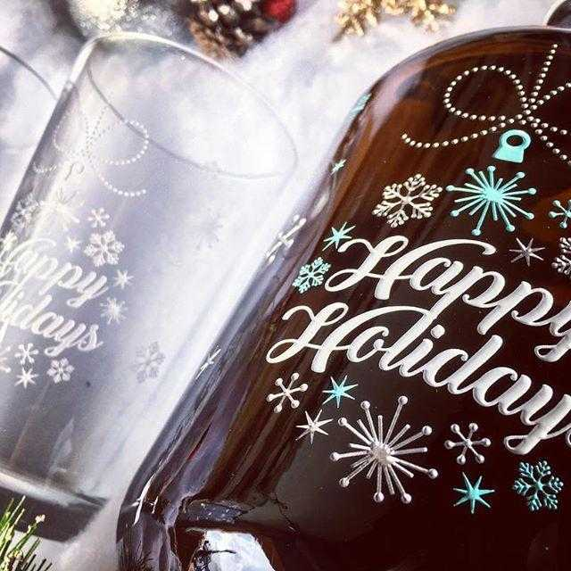 Happy Holidays custom etched beer growler and pint glasses company holiday gift by Etching Expressions