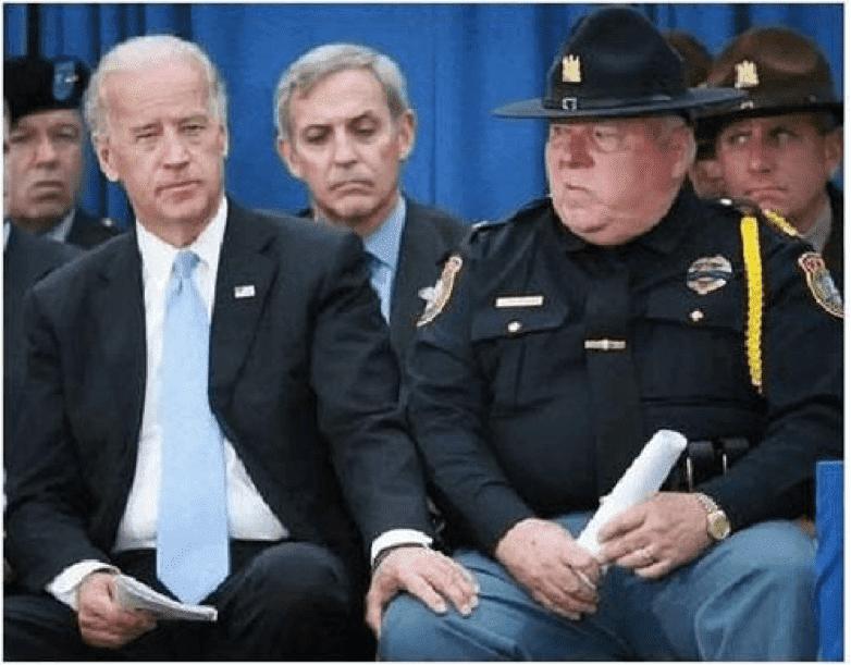 Biden_Sheriff-Knee