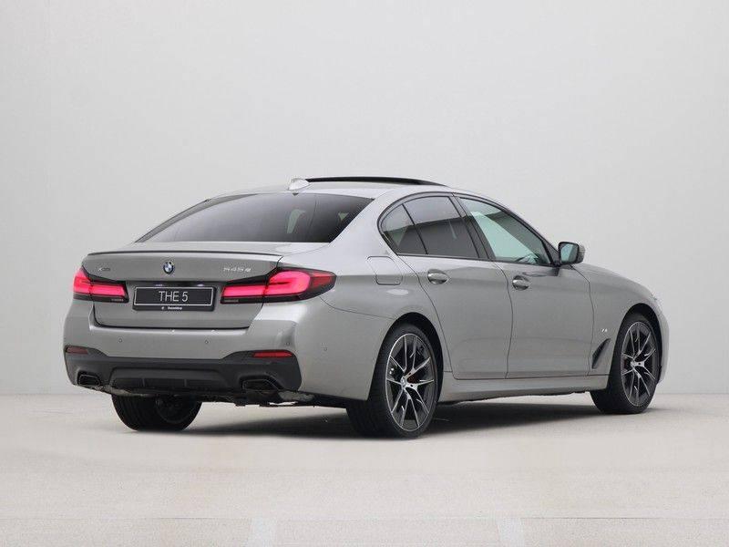 BMW 5 Serie Sedan 545e xDrive High Executive Edition afbeelding 9