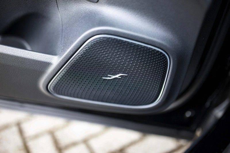 Mercedes-Benz GLA 200 AMG Line *Pano / HUD / Memorystoelen / 360 Cam / Burmester* afbeelding 24