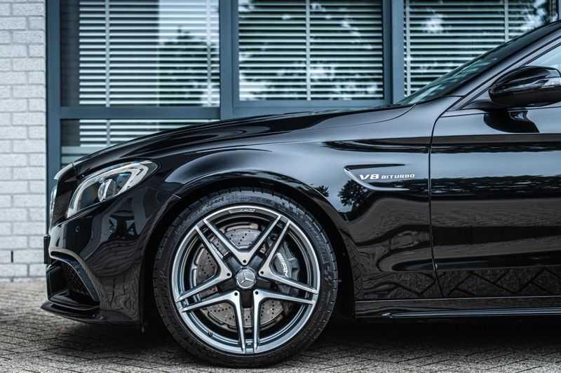Mercedes-Benz C-Klasse 63 AMG, 476 PK, Pano/Dak, Distronic, Night/Pakket, Burmester, LED, Keyless, 30DKM, Nieuwstaat, BTW!! afbeelding 3