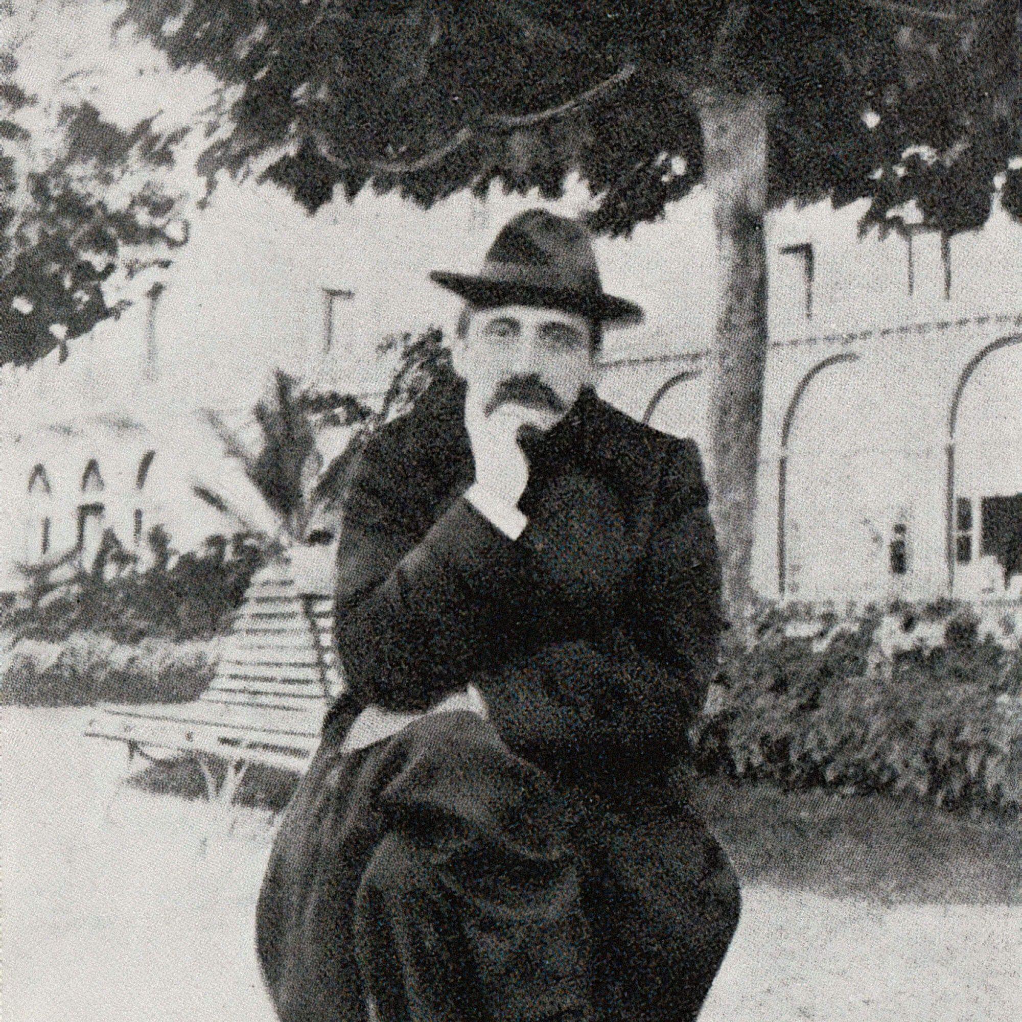 Отчаявшись найти желающих опубликовать 1500-страничный том целиком, Марсель Пруст стал издавать книгу засвой счет. Фото: Эвиан / 1905год / Proust-Ink