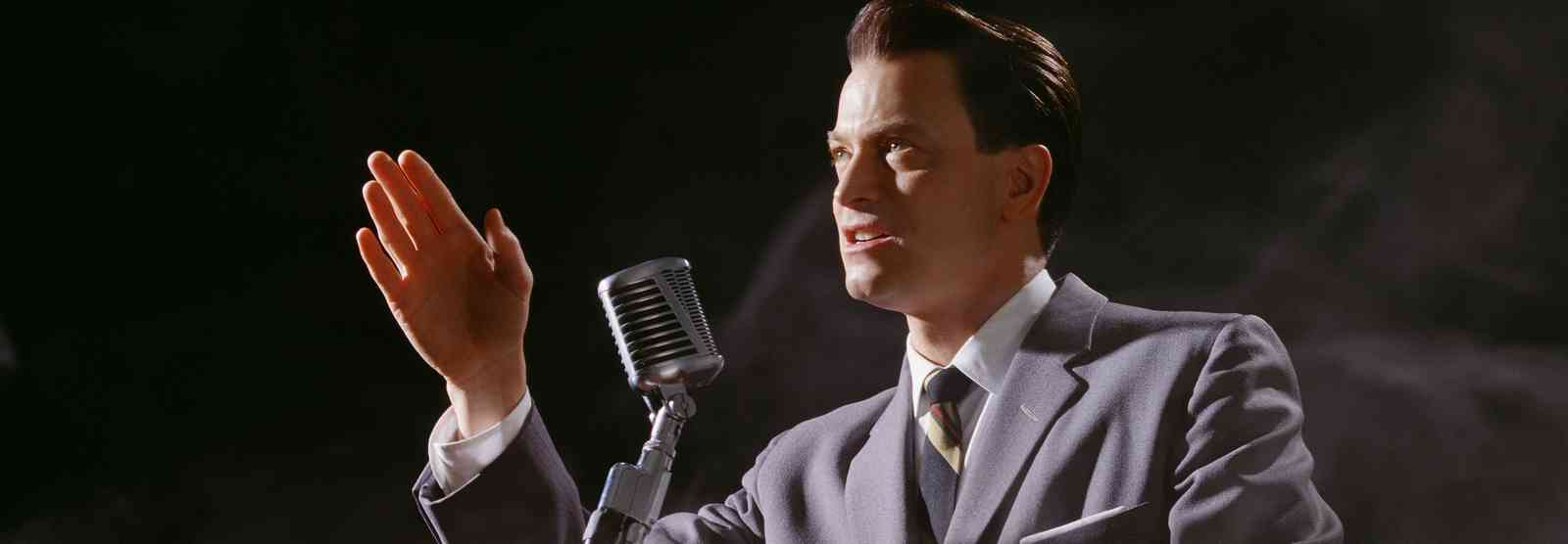 Gary Sinise as Governor George C. Wallace in George Wallace