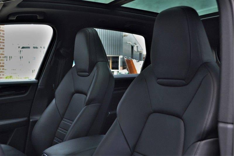 Porsche Cayenne 2.9 S 441pk Pano Luchtv Trekh Adp-zetels PDLS 21inch afbeelding 23