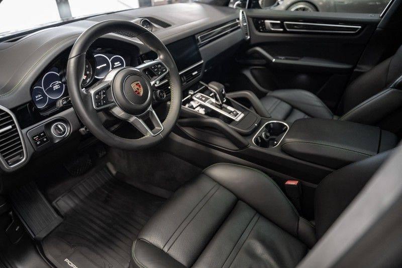 Porsche Cayenne Coupé Hybrid Sport Design Porsche Exclusive 3.0 E-Hybrid afbeelding 7