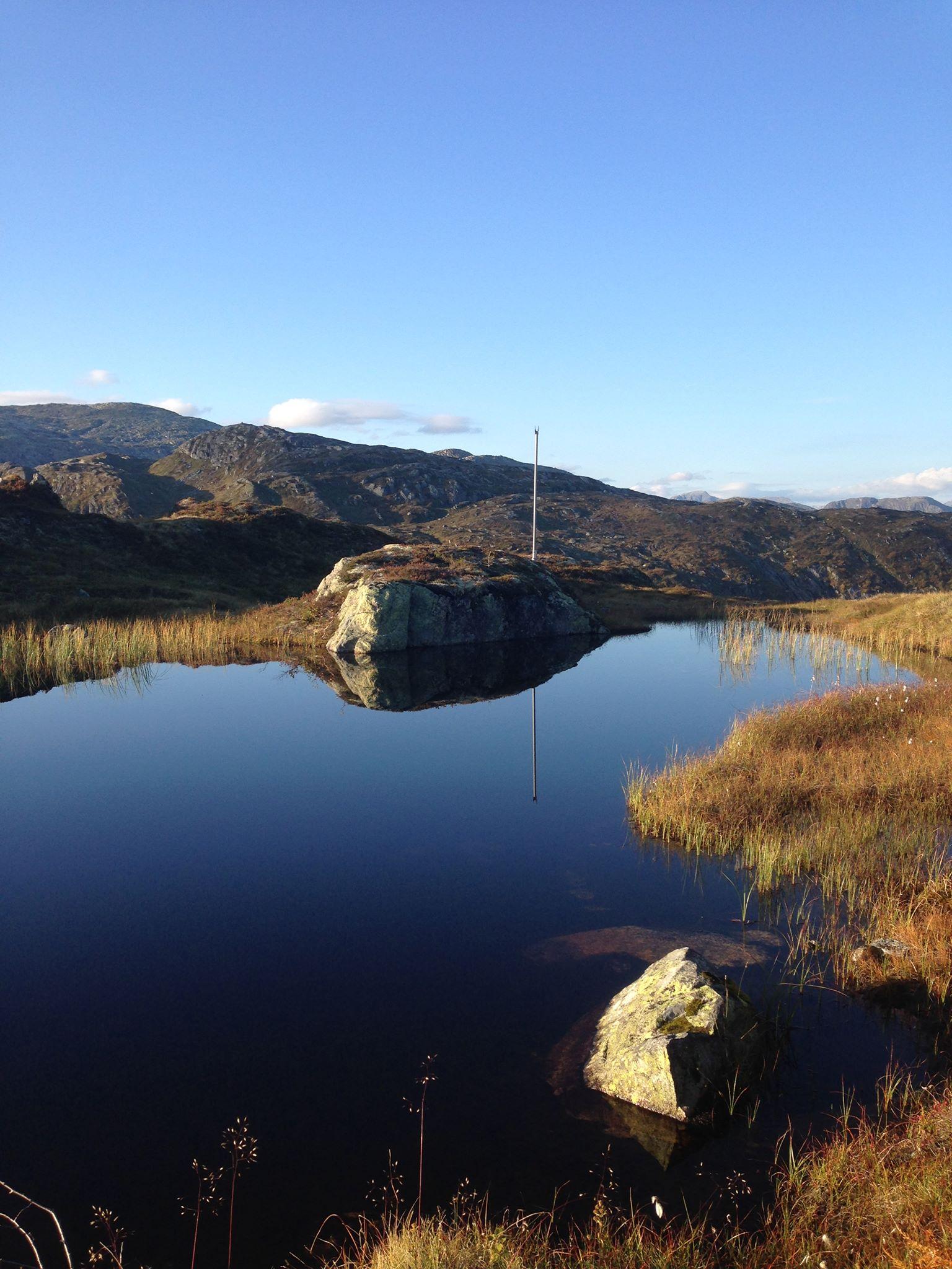 view fjord hiking balestrand