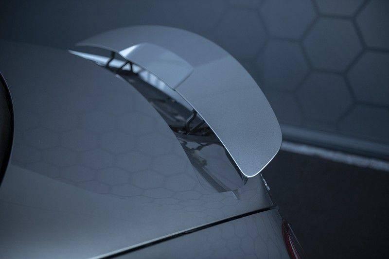 Mercedes-Benz SLS Roadster 6.3 AMG Carbon Pack + MIDDLE GRAY HIMALAYAS + Full Carbon Motor afdekking afbeelding 24